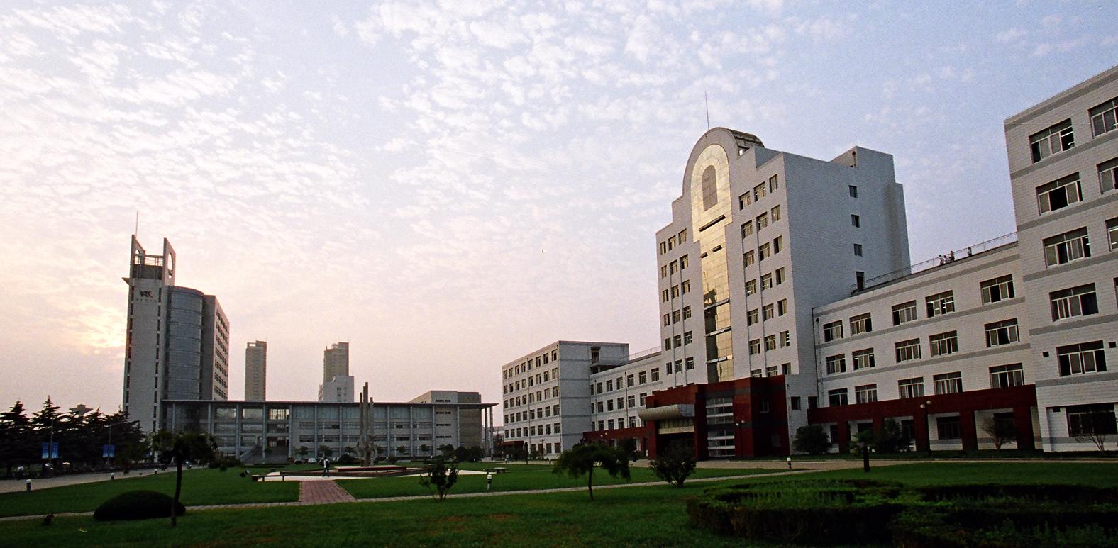 学校建筑(五)